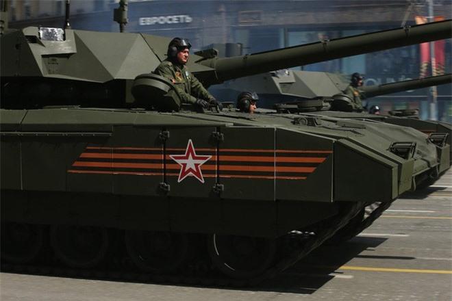 """Nga sap tiep nhan xe tang Armata phao co 152 mm """"khung"""" nhat the gioi?-Hinh-4"""