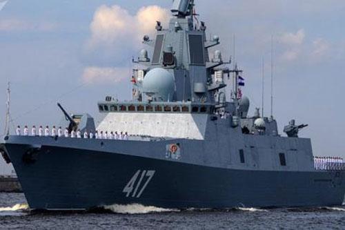 Khu trục hạm Nga.