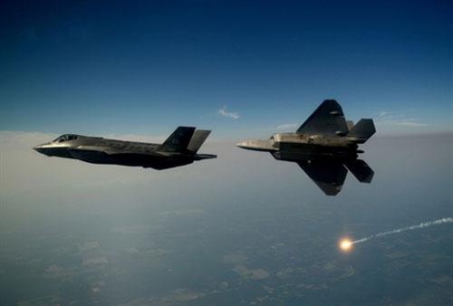 Tiêm kích F-35 Lightning II của Mỹ đang áp sát biên giới phía Bắc của Nga