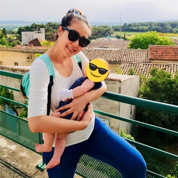 Hoa hậu gia thế khủng nhất VN mang bầu ngủ ngồi suốt 4 tháng, sinh xong vẫn đẫy đà-4