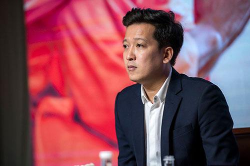 Trường Giang sẽ trở lại thị trường phim Tết với dự án 30 chưa phải Tết sau hai năm vắng bóng vì tập trung cho gia đình riêng.