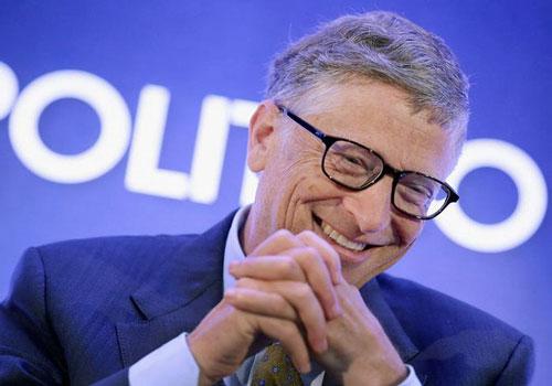 Ngày 15/11, người sáng lập Microsoft Bill Gates vượt qua CEO Amazon Jeff Bezos, trở thànhtỷ phú giàu nhất thế giới. Theo Bloomberg Billionaire Index, Bill Gates hiện sở hữu khối tài sản 110 tỷ USD. Ảnh: Getty Images