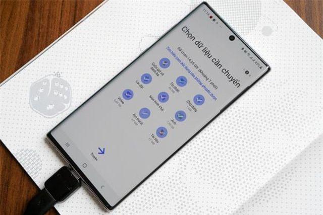 Cách chuyển dữ liệu từ iPhone sang Galaxy Note10 nhanh chóng - Ảnh 3.