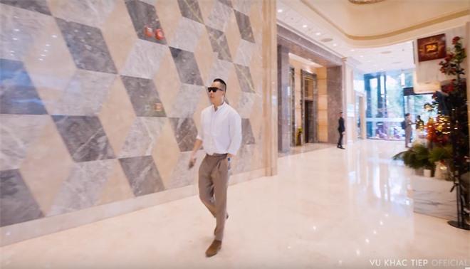 """Vũ Khắc Tiệp và Ngọc Trinh tiết lộ chi phí quay vlog mỗi tập tốn hơn nửa tỷ, hứa hẹn sắp tái hợp trong """"bom tấn"""" du lịch Dubai - Ảnh 6."""