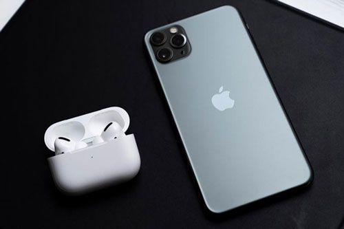 AirPods có thể trở thành 1 phần phụ kiện của iPhone 2020?