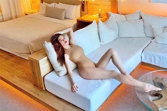 Hồ Ngọc Hà diện biniki bé xíu cực sexy khiến fan trầm trồ - ảnh 4