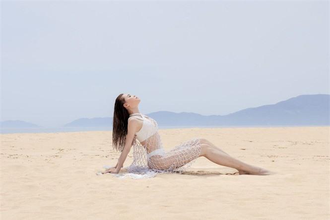 Hồ Ngọc Hà diện biniki bé xíu cực sexy khiến fan trầm trồ - ảnh 8