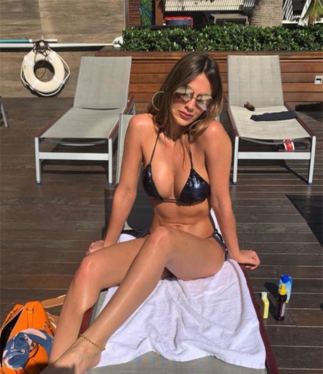 Bạn gái James Rodriguez diện bikini khoe vóc dáng nuột nà, gợi cảm - 2