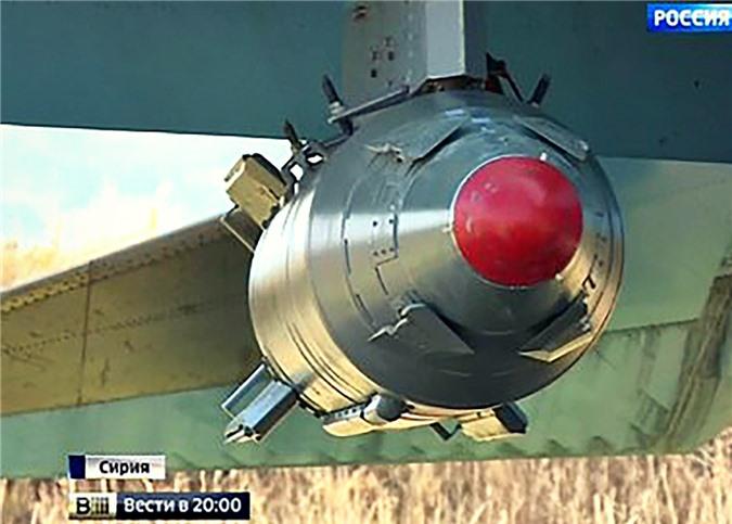 Het kien nhan voi phien quan, Nga nem sieu bom KAB-1500 xuong Syria-Hinh-4