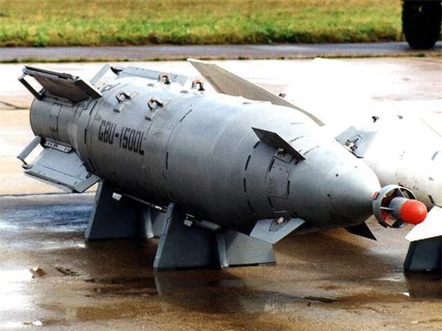 Het kien nhan voi phien quan, Nga nem sieu bom KAB-1500 xuong Syria-Hinh-8