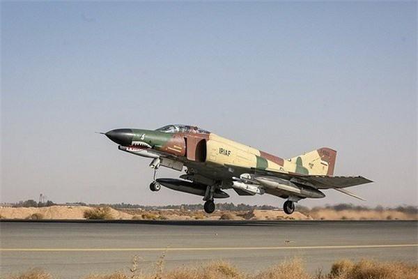 Moi tiet lo: F-22 My giai cuu UAV MQ-1 truoc hong sung chien co F-4 Iran-Hinh-16
