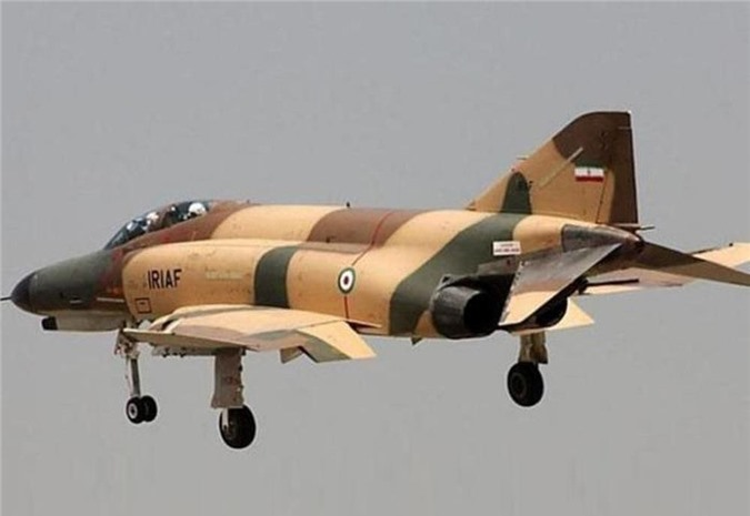 Moi tiet lo: F-22 My giai cuu UAV MQ-1 truoc hong sung chien co F-4 Iran-Hinh-3