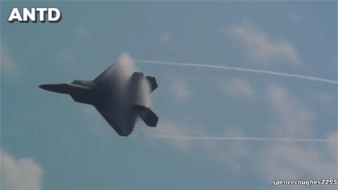 Moi tiet lo: F-22 My giai cuu UAV MQ-1 truoc hong sung chien co F-4 Iran-Hinh-5