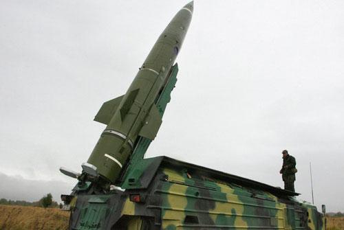 Trong biên chế của Quân đội Nga trước đây từng có 220 bệ phóng tên lửa đạn đạo chiến thuật OTR-21 Touchka trong biên chế. Toàn bộ số tên lửa này mới được nâng cấp dần từ năm 2004 nhưng sau đó đã được
