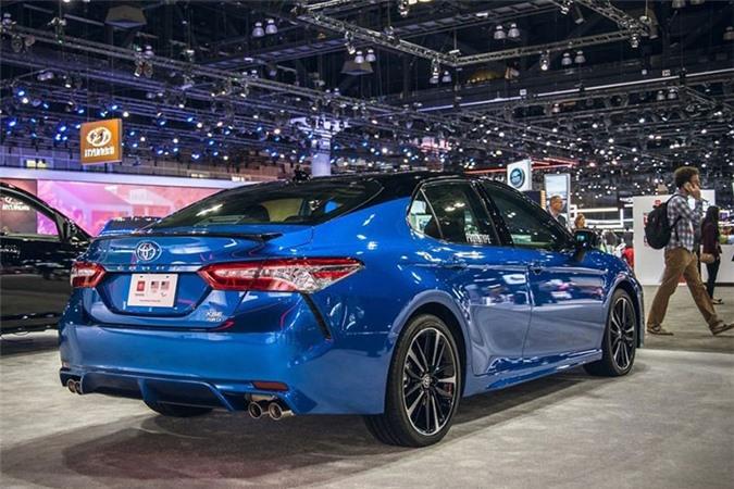 Toyota Camry AWD 2020 lo dien sau 28 nam vang bong-Hinh-2