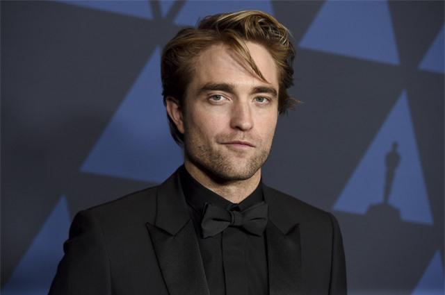 Vừa kế nhiệm, Robert Pattinson đã khẳng định Batman không phải siêu anh hùng - Ảnh 2.