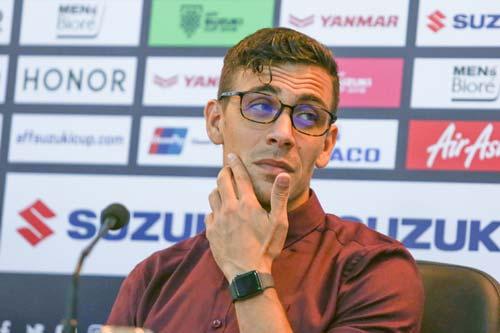 HLV Felix Dalmas khẳng định đội nhà không ngại gặp U22 Việt Nam.