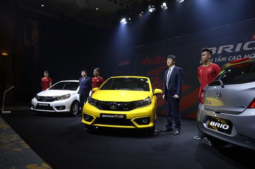 Xe hơi cỡ nhỏ đua nhau giảm giá tại Việt Nam: VinFast Fadil, KIA Morning, Hyundai Grand i10