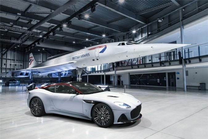 Aston Martin DBS Superleggera Concorde.