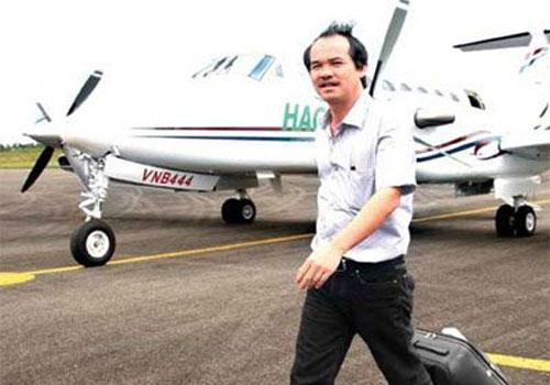 """Máy bay riêng, cuộc chơi """"đốt tiền"""" của đại gia Việt"""