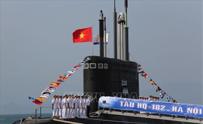 Bao quoc te bat ngo voi tau ngam tan cong chi 100 tan cua Viet Nam-Hinh-8