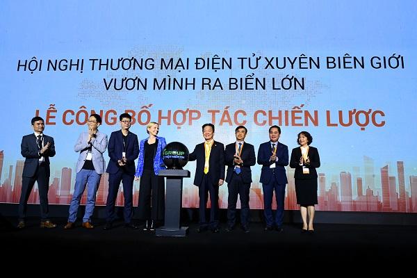 """T&T Group bắt tay """"gã khổng lồ"""" Amazon hỗ trợ DN Việt Nam xuất khẩu qua thương mại điện tử"""
