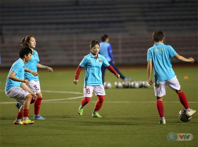 ẢNH: ĐT nữ Việt Nam rèn quân, quyết thắng Thái Lan trận chung kết SEA Games 30 - Ảnh 1.