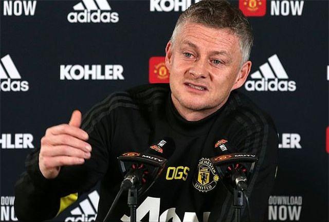 Cầu thủ Man Utd nỗ lực chiến đấu để giữ ghế cho HLV Solskjaer - 1