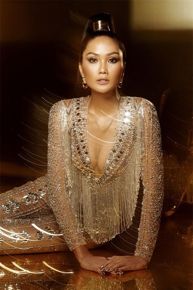 HHen Niê tung bộ ảnh cực chất khép lại 2 năm nhiệm kỳ Hoa hậu - Ảnh 10.