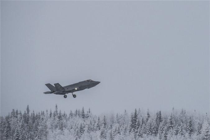 My sai lam khi dua F-35A khong chiu duoc ret toi Bac Cuc-Hinh-4