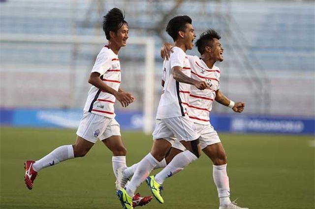 U22 Campuchia tập kín, tuyên bố giành HCV SEA Games 30 - 1