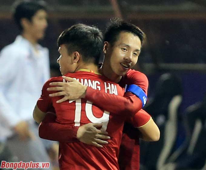 Hùng Dũng đã làm quá tốt nhiệm vụ thay thế Quang Hải ở trận đấu với U22 Thái Lan.