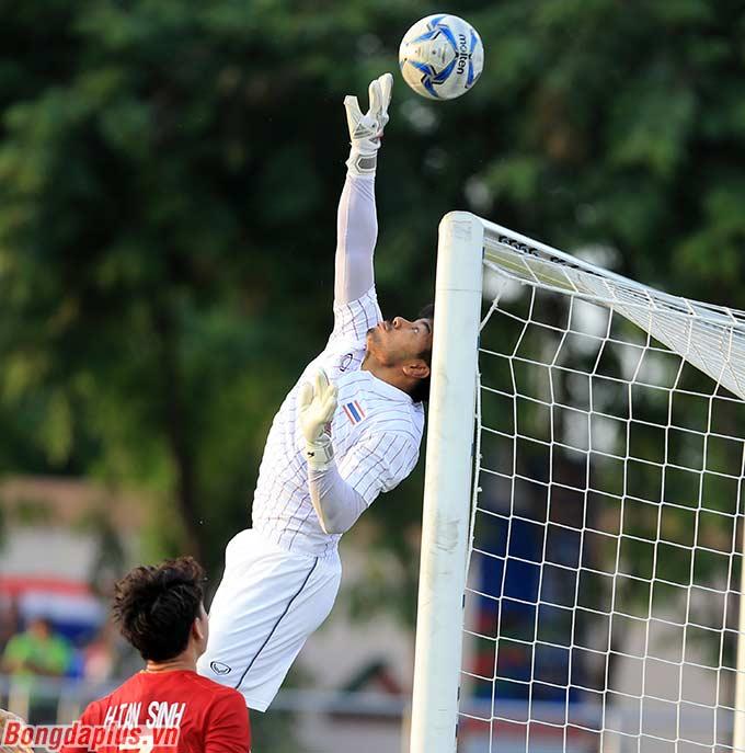 Lần gần nhất Việt Nam để đối thủ dẫn trước 2-0 trong hiệp 1 đã cách đây hơn 1 năm, khi Olympic Việt Nam thua 1-3 Olympic Hàn Quốc ở bán kết ASIAD 2018.