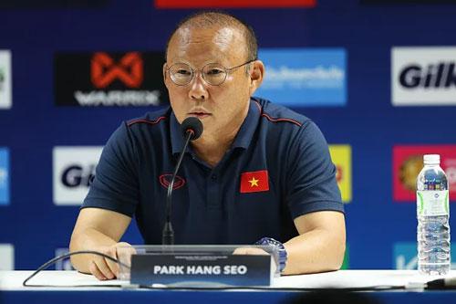 Thầy Park đáp trả cực gắt vụ Campuchia tố U22 Việt Nam cử gián điệp quay lén buổi tập