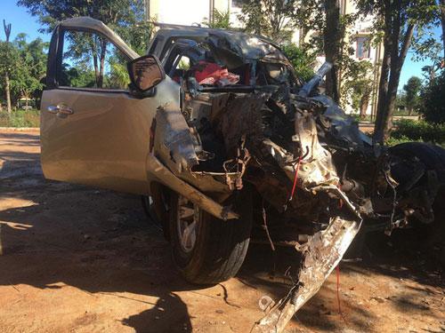 Chiếc xe bán tải trong vụ tai nạn. (Ảnh: Báo Người đưa tin)
