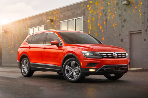 6. Volkswagen Tiguan (doanh số: 612.514 chiếc).