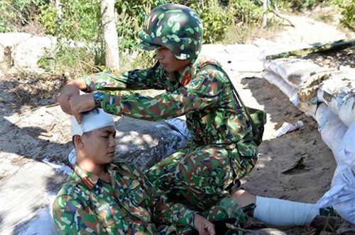 Bo doi Viet Nam chong dich do bo duong bien ra sao?-Hinh-11