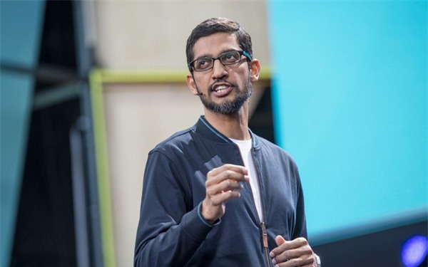 Chân dung bộ óc thiên tài vừa được trao cho ngai vàng ở công ty mẹ Google: Có thể nhớ tất cả các số điện thoại từng bấm gọi, đích thân Lary Page khen ngợi là một tài năng lớn - Ảnh 2.