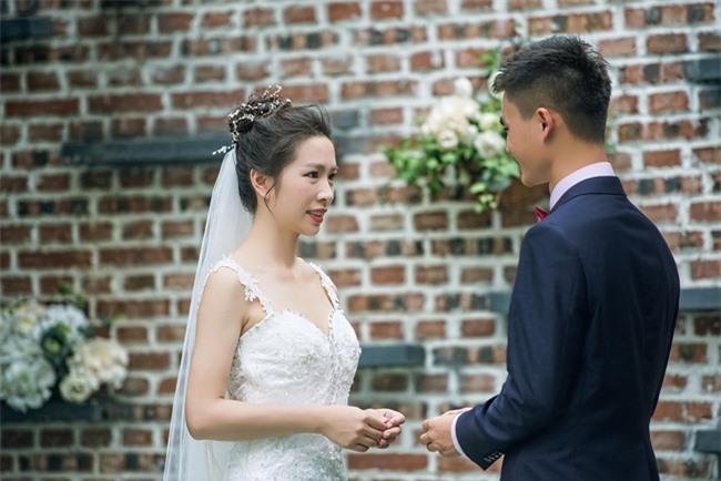 """Cô dâu đáng thương bị người cũ đến làm loạn đám cưới nhưng hiểu đầu đuôi câu chuyện khách khứa lại nhao nhác: """"Chú rể hủy hôn ngay còn kịp"""" - Ảnh 3."""