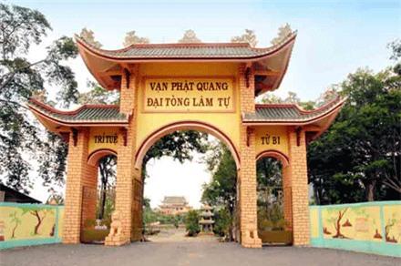 Kham pha ngoi Chua xac lap 4 ky luc quoc gia o Vung Tau-Hinh-2