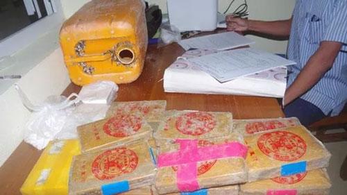 Bộ Công an truy tìm nguồn gốc ma túy trôi vào biển miền Trung. (Ảnh: VPG)
