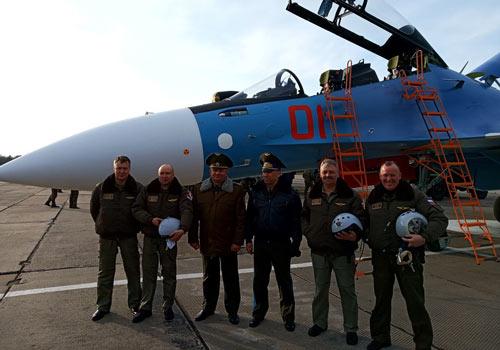 Vào hôm 13/11, Nga đã bàn giao cho Không quân Belarus cặp tiêm kích Su-30SM đầu tiên trong tổng số 12 chiếc mà quốc gia này đặt hàng, chậm gần 1 năm so với kế hoạch.