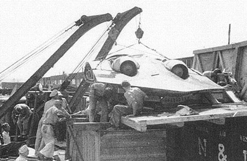 Chiếc Horten Ho 229 được vận chuyển sau khi rơi vào tay quân đội Mỹ. Ảnh: CCO