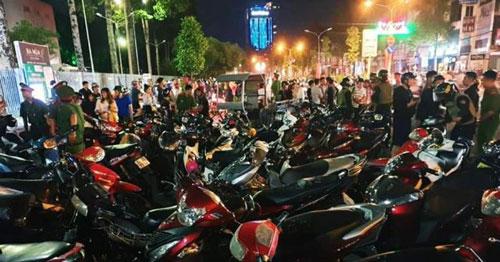 """Đồng Nai: Tạm giữ hàng trăm xe """"đi bão"""" sau trận U22 Việt Nam đại thắng"""