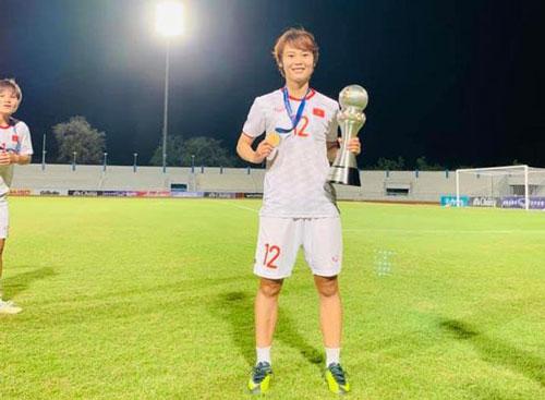 """Chân dung đời thường của Phạm Hải Yến, người ghi bàn thắng """"vàng"""" cho ĐT bóng đá nữ Việt Nam"""