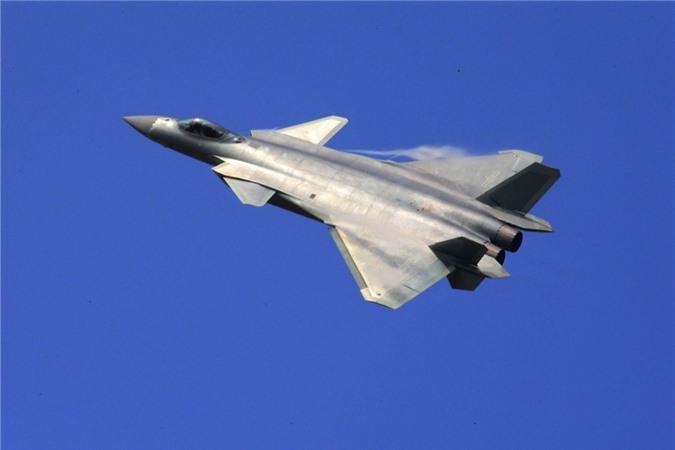 Tiem kich J-20 Trung Quoc dat hon F-35 My nhung van kem Su-57 Nga-Hinh-5