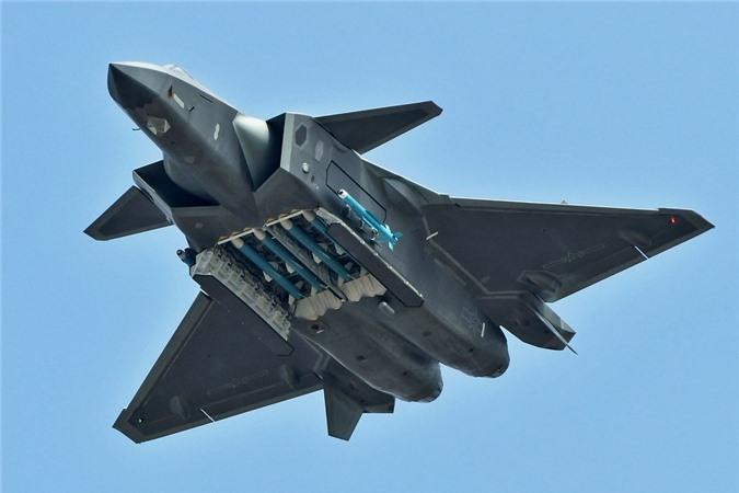 Tiem kich J-20 Trung Quoc dat hon F-35 My nhung van kem Su-57 Nga-Hinh-6