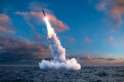 Nga có tham vọng chế tạo một loại đầu đạn xung điện từ để tích hợp vào tên lửa đạn đạo. Ảnh: TASS.