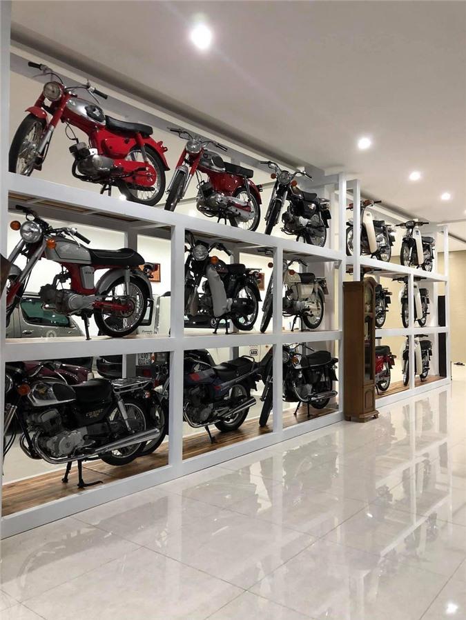 Nhà sưu tập dày công săn lùng những chiếc xe máy