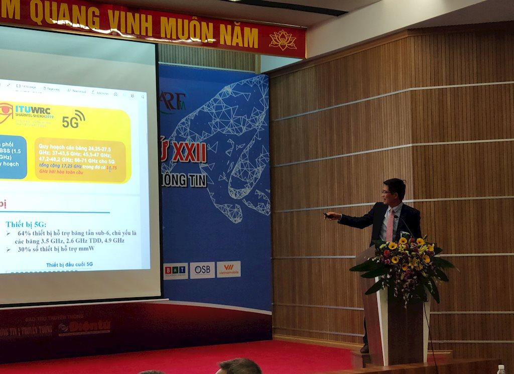 Ông Lê Văn Tuấn, Phó Cục trưởng Cục Tần số Vô tuyến điện.